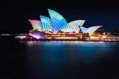 Testes padrões geométricos no telhado do teatro da ópera em Sydney Fotos de Stock Royalty Free