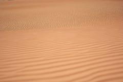 Testes padrões na areia do deserto de Dubai Imagens de Stock