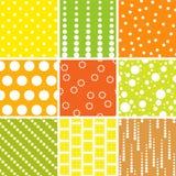 Testes padrões sem emenda, às bolinhas ajustados ilustração stock