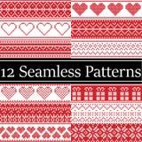 12 testes padrões sem emenda do Natal do vetor nórdico do estilo inspiraram pelo Natal escandinavo, inverno festivo no ponto tran Imagens de Stock