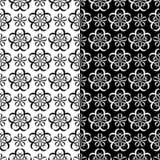 Testes padrões sem emenda florais preto e branco Grupo de fundos Fotos de Stock Royalty Free