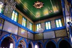 Testes padrões vitrificados das paredes das telhas, os árabes e os coloridos, sinagoga Djerba Ghriba, religião, templo judaico, c Fotografia de Stock Royalty Free