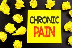 Testo concettuale di scrittura della mano che mostra dolore cronico Concetto di affari per ritenere cattiva cura malata scritta s fotografie stock libere da diritti