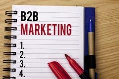 Testo della scrittura che scrive introduzione sul mercato di B2B Commercio tra imprese di transazioni commerciali di significato  Fotografie Stock