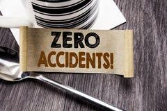 Testo di annuncio della scrittura che mostra gli incidenti zero Concetto di affari per sicurezza sul posto di lavoro il rischio s fotografia stock