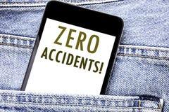 Testo di annuncio della scrittura che mostra gli incidenti zero Concetto di affari per sicurezza sul posto di lavoro il telefono  immagine stock libera da diritti