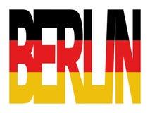 Testo di Berlino con la bandierina tedesca Fotografia Stock Libera da Diritti