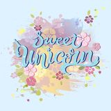 Testo di Unicorn Birthday isolato su fondo colorato pastello Royalty Illustrazione gratis