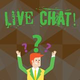 Testo Live Chat della scrittura La conversazione in tempo reale di media di significato di concetto online comunica l'uomo d'affa illustrazione di stock