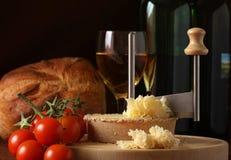 tete för ost de moine specialtyschweizare royaltyfri bild