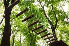 tether ropeway веревочки парка Стоковая Фотография