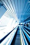 Teto abstrato azul no escritório Foto de Stock Royalty Free