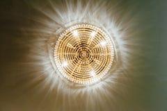 Teto de vidro contemporâneo do prêmio do candelabro fotografia de stock