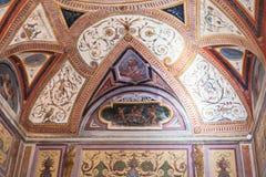 Teto decorativo no museu ducal Mantua do palácio Imagem de Stock Royalty Free
