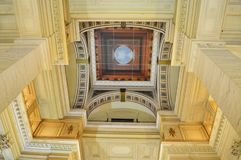 Teto do palácio de justiça Palais de Justice, cortes de lei de Justitiepaleis de Bruxelas, Bélgica foto de stock royalty free