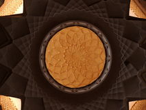 Teto Tastefully decorado com projetos geométricos islâmicos Foto de Stock