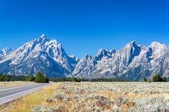 Teton范围和高速公路 库存图片