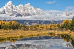 Teton Autumn Reflection Landscape scenico fotografie stock libere da diritti