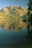 Teton magnífico y lago jenny fotos de archivo