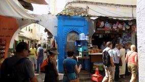 TETOUAN-shoppar av medina-Marocko Arkivbild