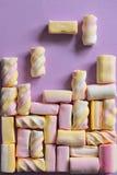 Tetris gra z marshmallow cukierkami obraz stock