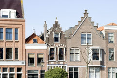 Tetti delle costruzioni d'annata a Rotterdam Immagine Stock