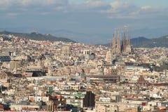 Tetti di generalità di familia della città e di sagrada di Barcellona Immagini Stock