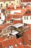 Tetti di mattonelle di Praga Fotografia Stock