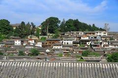 Tetti di vecchia città del lijiang, yunnan, porcellana Fotografie Stock