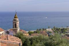 Tetti e basilica a Menton in Francia Fotografia Stock Libera da Diritti