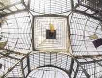 Tetto del palazzo di cristallo del ` s di Madrid fotografia stock