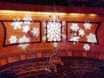 Tetto dell'interno del corridoio del teatro del palazzo immagine stock