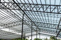 Tetto della struttura d'acciaio per i grandi magazzini fotografia stock libera da diritti