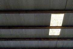Tetto dello zinco con il tetto di Sun Fotografia Stock Libera da Diritti