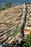 Tetto di mattonelle di terracotta Immagini Stock Libere da Diritti