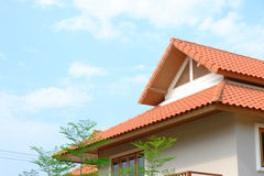 tetto di timpano della casa tropicale Fotografie Stock Libere da Diritti