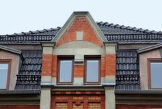 Vecchio tetto di pietra immagine stock immagine di tetto for Costo della costruzione di una casa in pietra