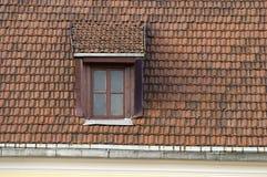 Tetto, finestra, mattonelle Fotografia Stock