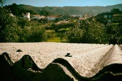 Tetto, houver e montagne Fotografia Stock Libera da Diritti