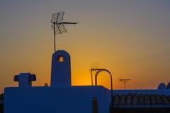 Tetto spagnolo con l'antenna Fotografie Stock