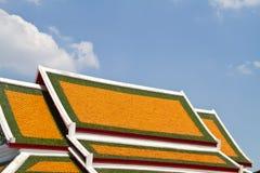 Tetto tailandese del tempio, Phra Pathom Chedi, stupa più llest del tathe nel mondo Fotografie Stock