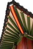 Tetto tradizionale del tempio della Corea Fotografia Stock