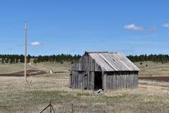Tettoia abbandonata nella campagna Fotografia Stock Libera da Diritti