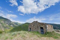 Tettoia abbandonata sulla collina in Corsica, Francia Fotografie Stock Libere da Diritti