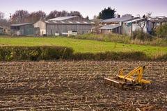 Tettoie e macchina dell'azienda agricola Fotografia Stock Libera da Diritti