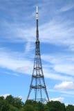 Tevê e torre de rádio Fotos de Stock