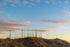 Tevê e torres de rádio Fotografia de Stock Royalty Free