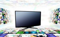 Tevê moderna vazia com imagens 3D Foto de Stock