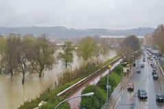 Tevere durante la inundación Fotos de archivo libres de regalías