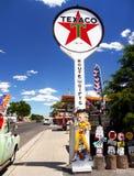 Texaco bensinstation, Route 66, Seligman Arizona arkivbilder